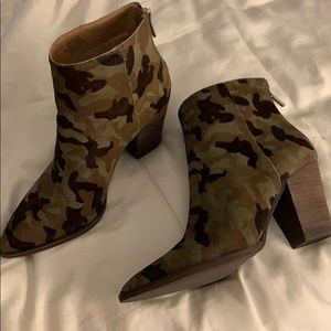 NWT Lucky Brand Booties